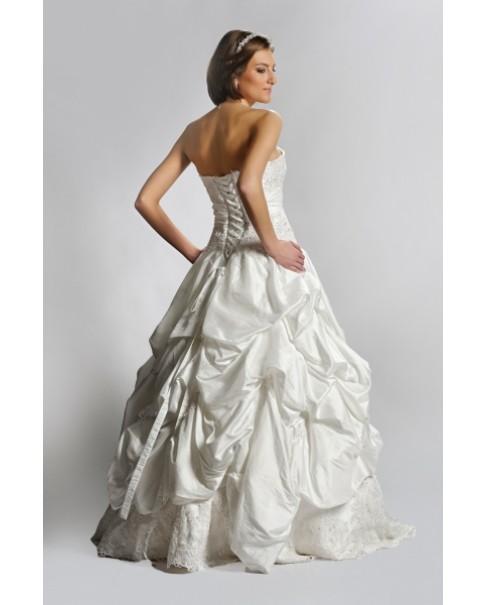 Svadobné šaty ROMA