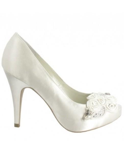 Svadobné topánky Menbur Bellen